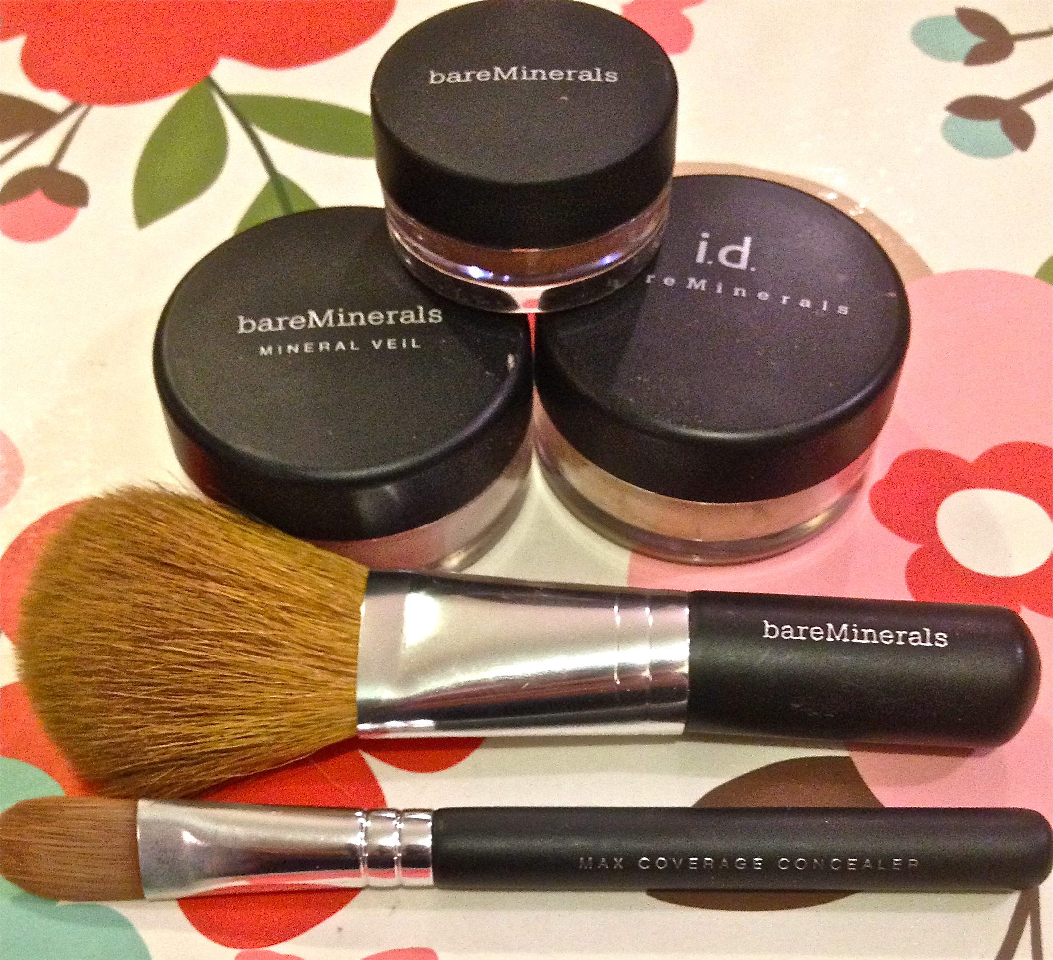 Bare it All // Bare Minerals Starter Kit - Victoria Sneden