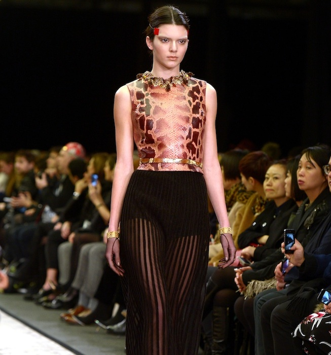 Givenchy : Runway - Paris Fashion Week Womenswear Fall/Winter 2014-2015